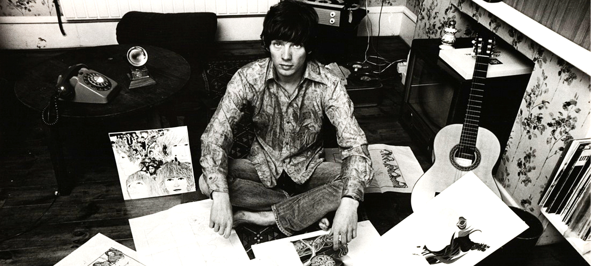 A Man Walks Into A Bar The Story Of Klaus Voormann And The Beatles